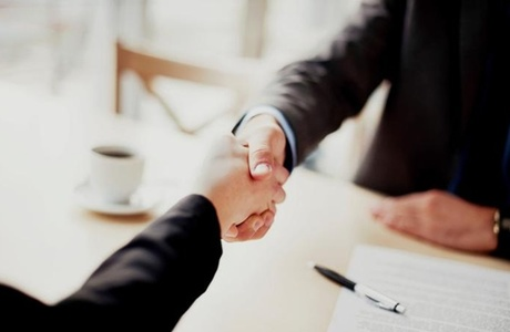 2094941 Business Handshake Finance Deal 700